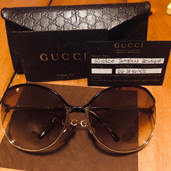 08116fb771c Gucci Accessories - Gucci Sunglasses